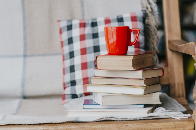 كيف تختار أفضل كاتب محتوى بالإمارات لشركتك؟