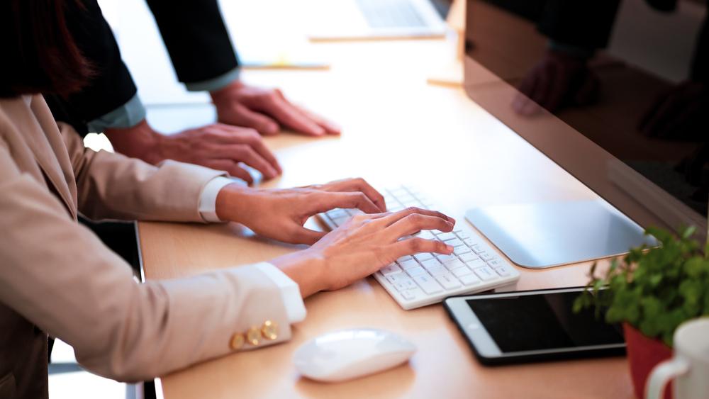 """مميزات العمل مع """" بلانز"""" أفضل شركة كتابة محتوى"""